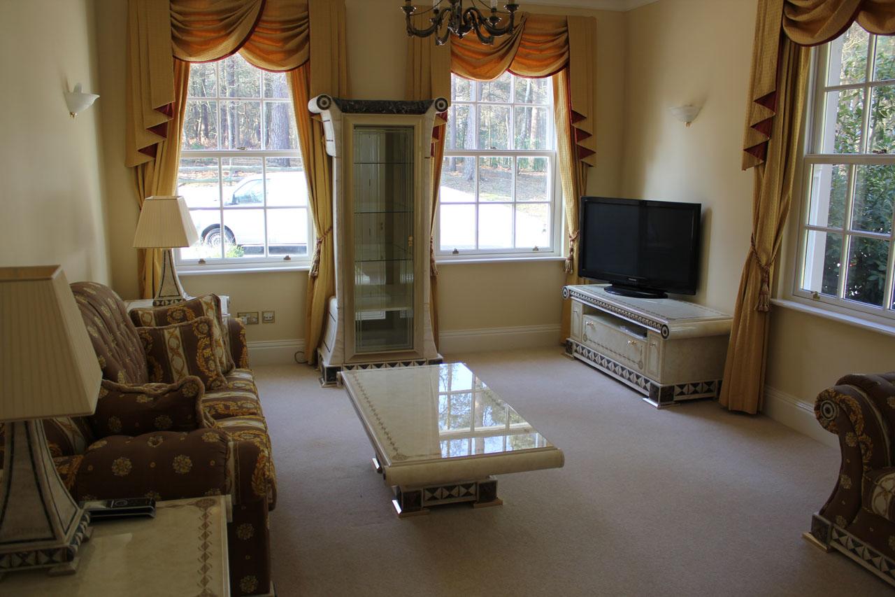 Elite West Ltd Luxury Living Room