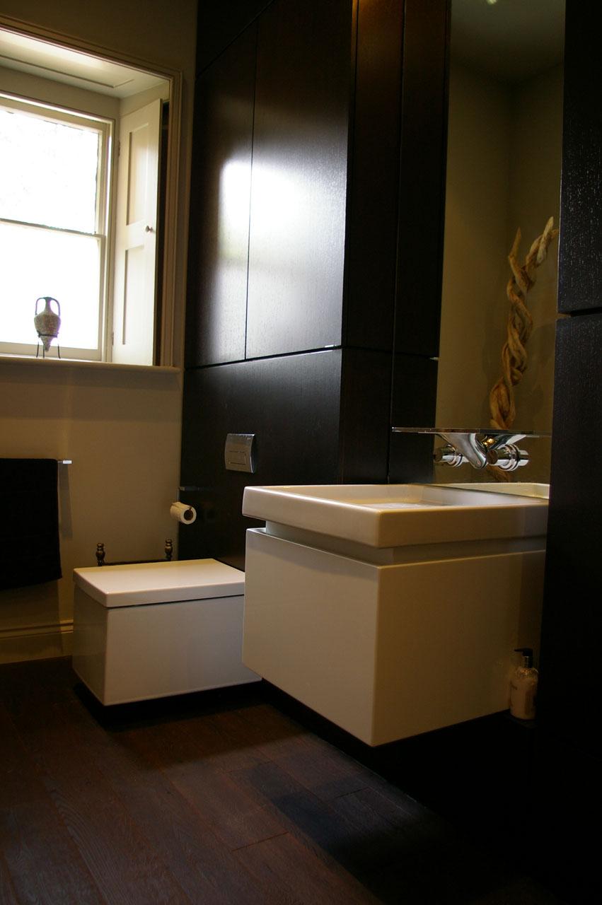 Elite West Ltd Toilet and Sink