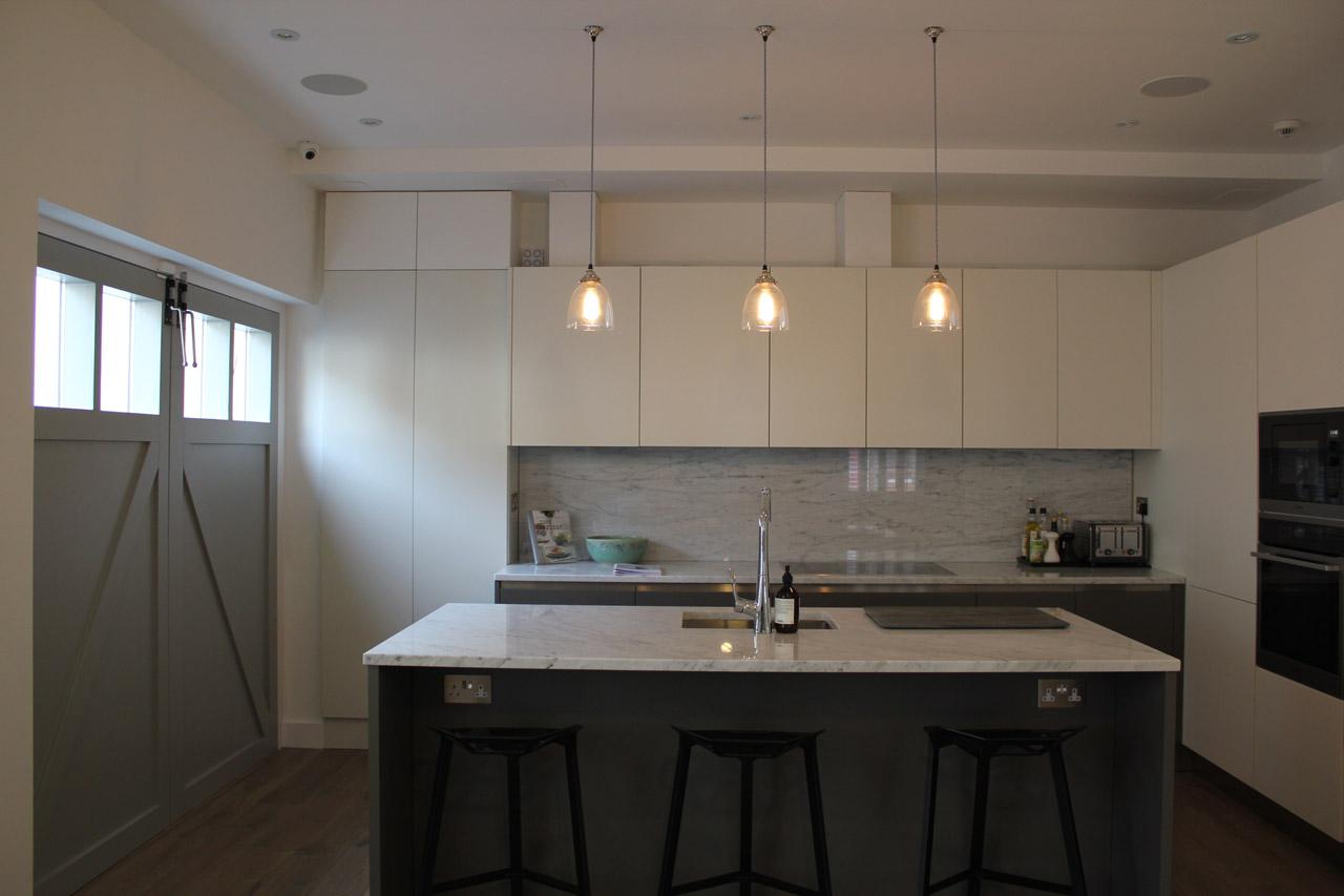 Elite West Ltd Kitchen Project with Isle