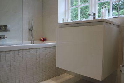 Elite West Ltd Bath Tub