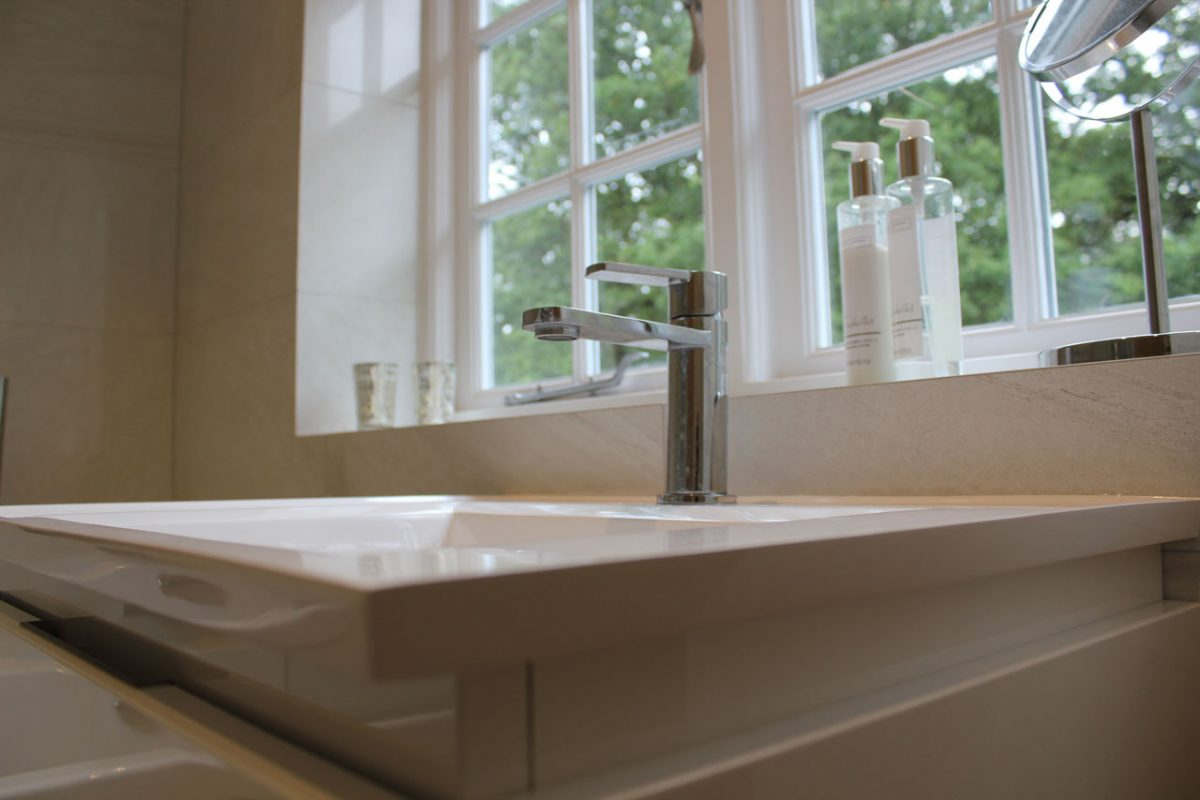 Elite West Ltd Tap and Sink